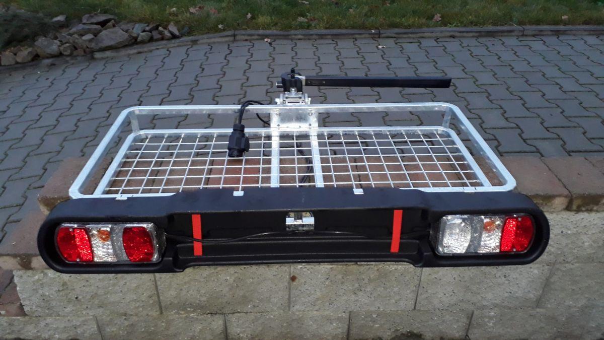 Nosič zvěře - páková sklopná hlavice na tažné, světelná rampa - homologovaný Automena Czech